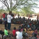 Evangelisation am Nachmittag in Lobei