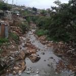 Abwasserkanal in Kibera