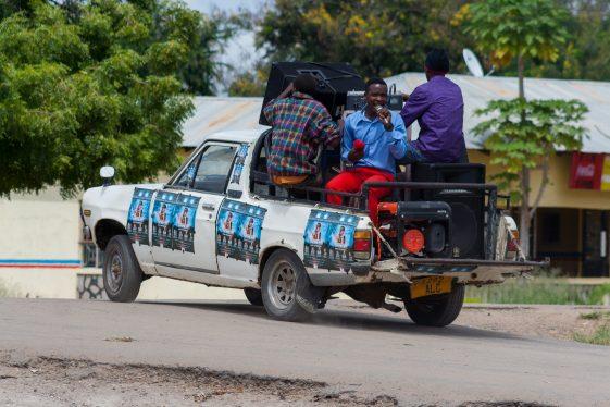 Werbung für die Evangelisation in Magugu, Tansania