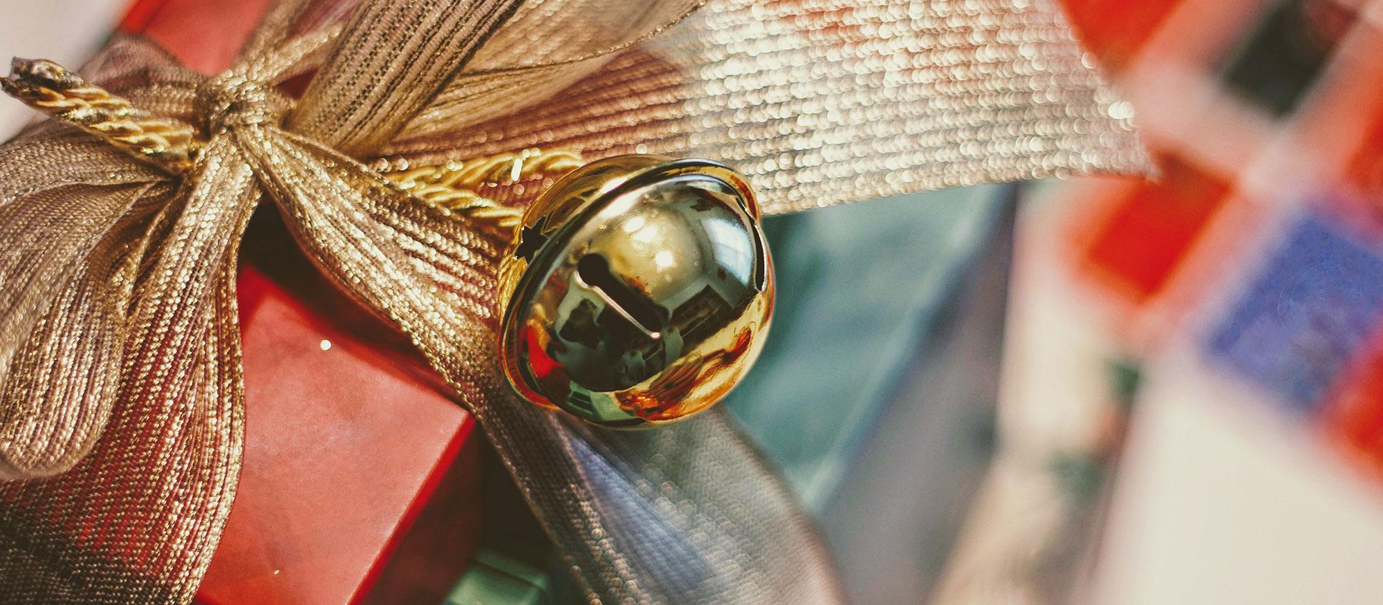 13. Türchen: Viel zu kleine Geschenke - Rainer Brose